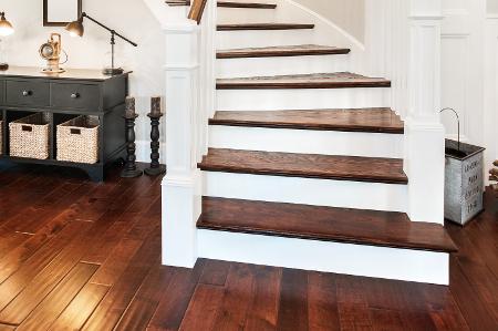 hardwoodstaircaseinstall