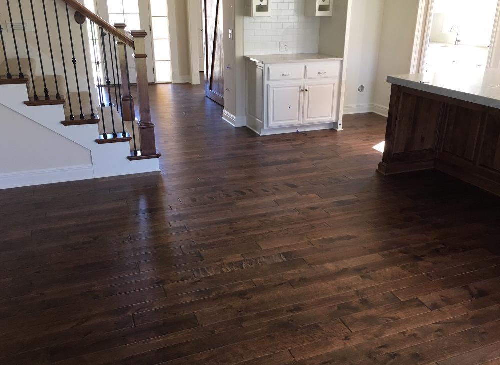 Prefinished flooring gallery vaz hardwood floors for Prefinished flooring