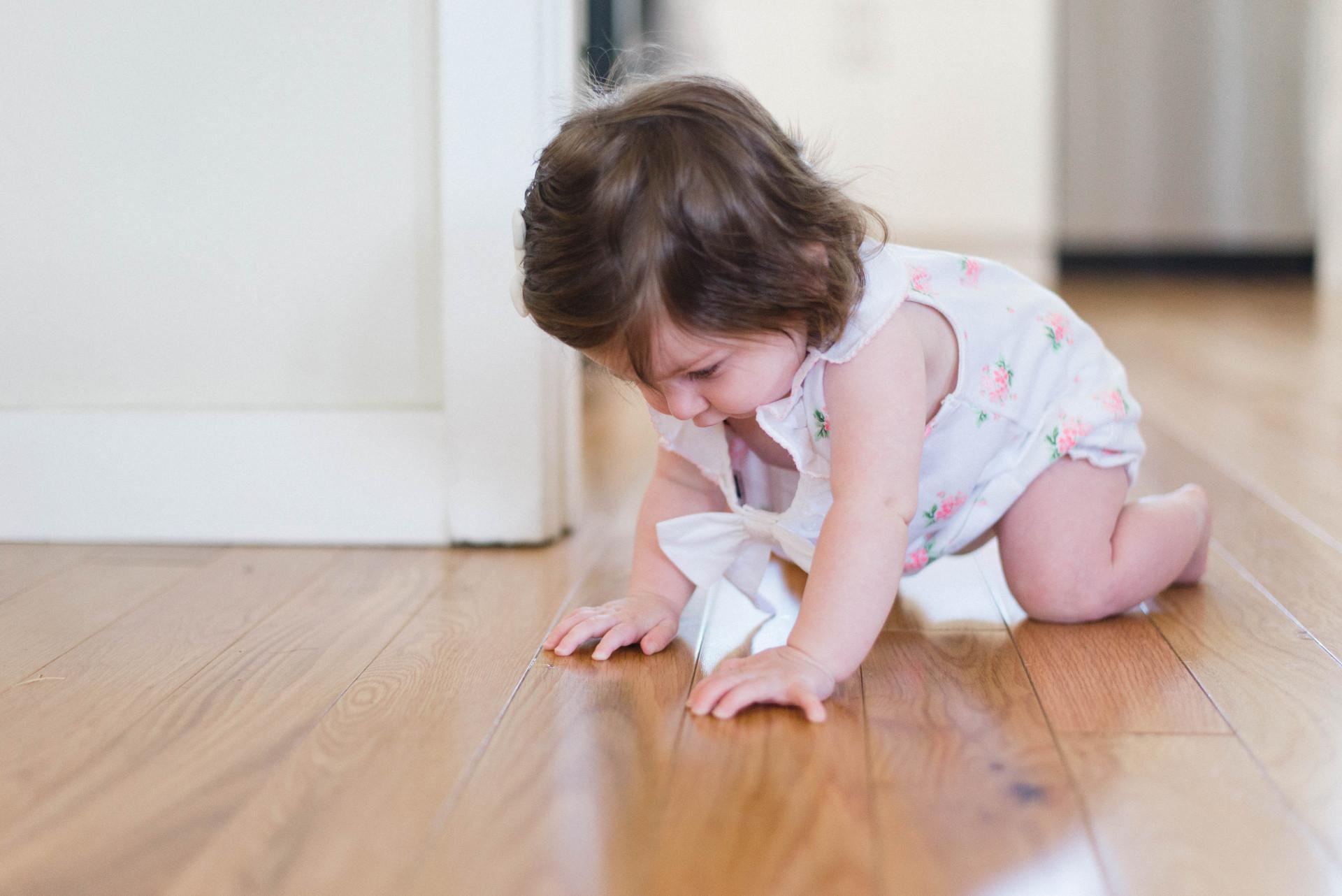 kids and hardwood floors